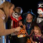 Child Safety Tips: Keep Your Kids Safe This Halloween