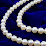 How to Pick the Perfect Strand of Pearls